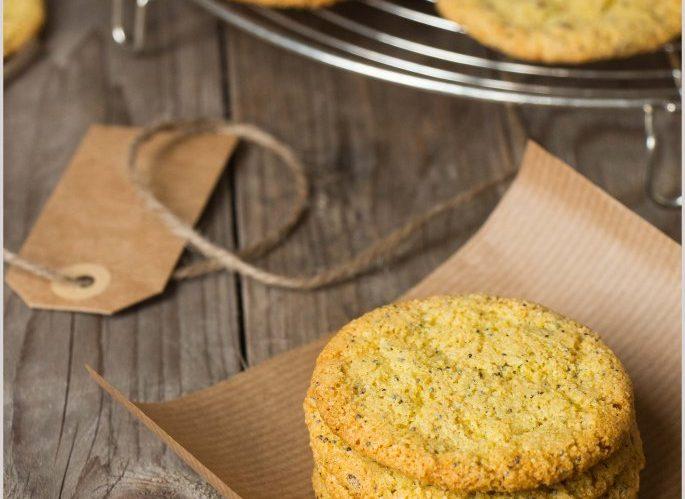 biscotti-alle-mandorle-con-semi-e-spezie-6