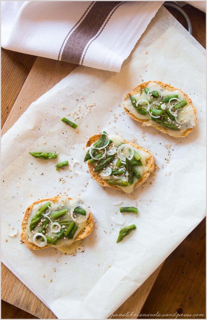 crostoni-galaverna-e-asparagi-3