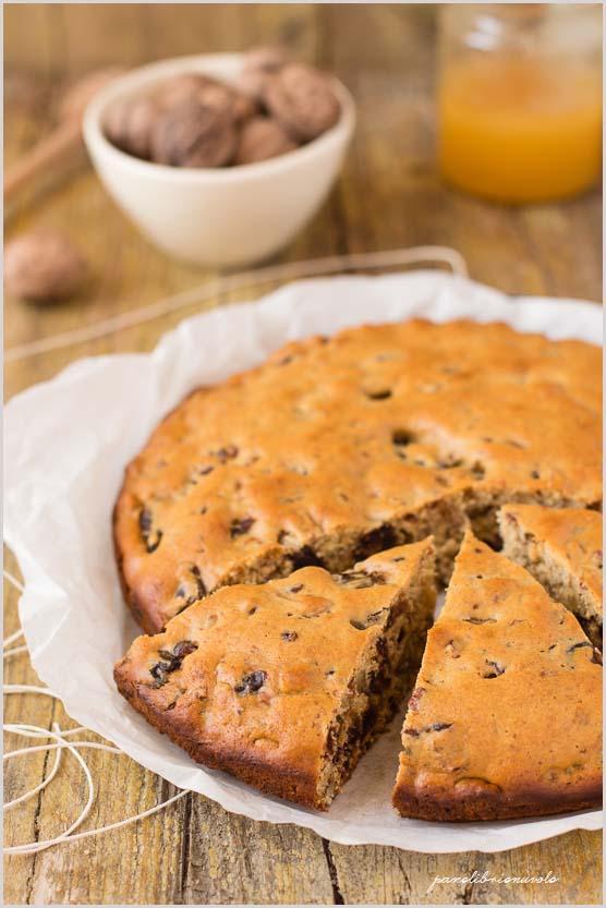 Torta-di-noci-e-datteri-con-miele- di- arancio