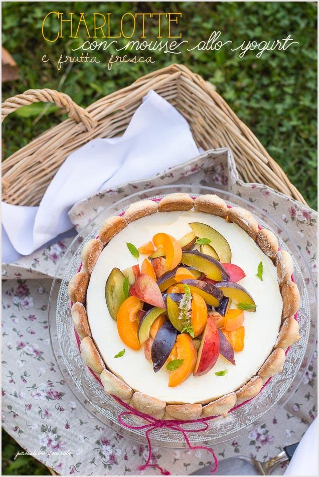 charlotte-con-mousse-allo-yogurt